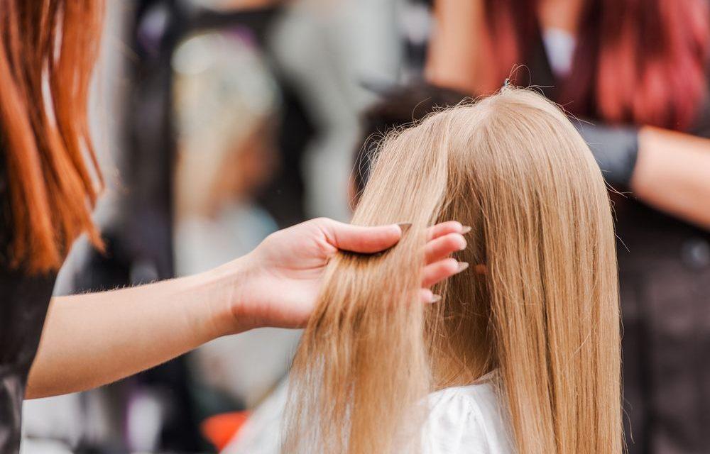 Confira 5 dicas preciosas para cuidar dos cabelos danificados
